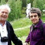 Kryssningspassagerarna Bengt Tedenmyr och Gunilla Christiansson valde utflyktspaketet med bland annat Västanåfallet. – Vi tyckte att det var mest omfattande. Förra året åkte vi förresten Hurtigrutten i Norge. Kul att göra något liknande här på den svenska sidan.